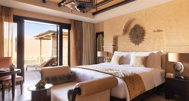 Willa - sypialnia. Źródło: Anantara Hotels.
