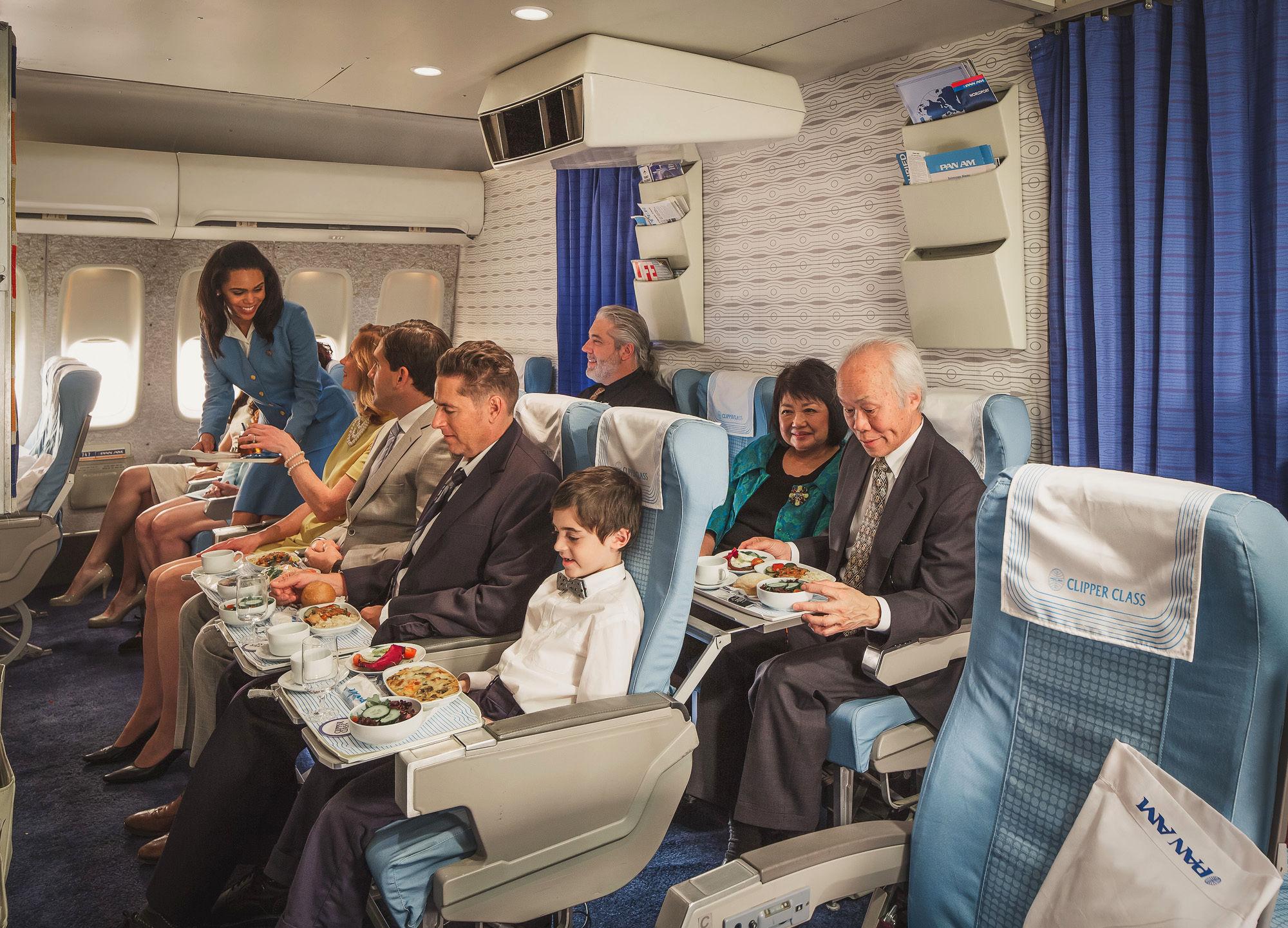 Klasa turystyczna w replice Boeinga 747 Jumbo Jet linii Pan Am. Autor: Mike Kelley/ www.mpkelley.com