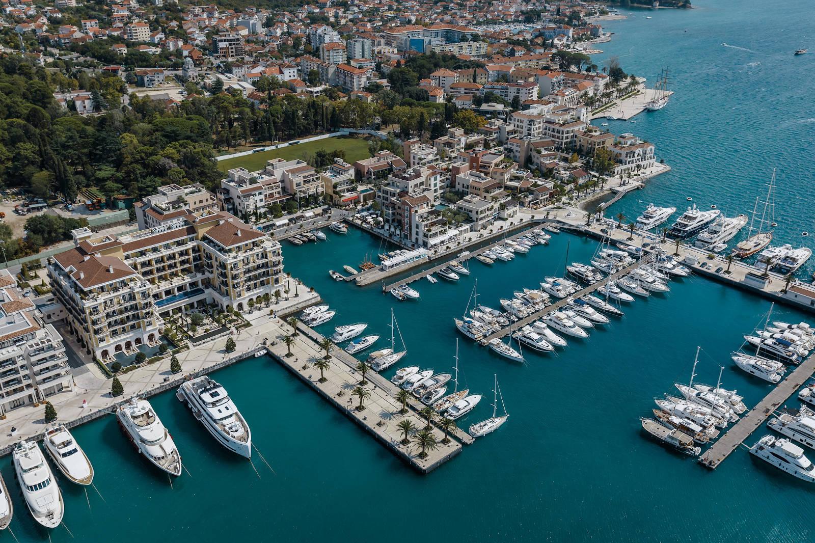 Marina. Źródło: Porto Montenegro